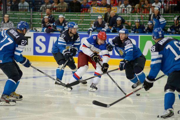 Suomi ja Venäjä kohtasivat MM-Minskissä vuonna 2014.