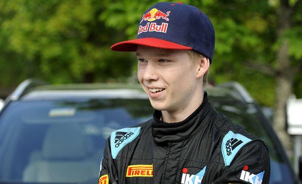 Rallilupaus Kalle Rovanperä myönsi, että ajokoe jännitti hieman.