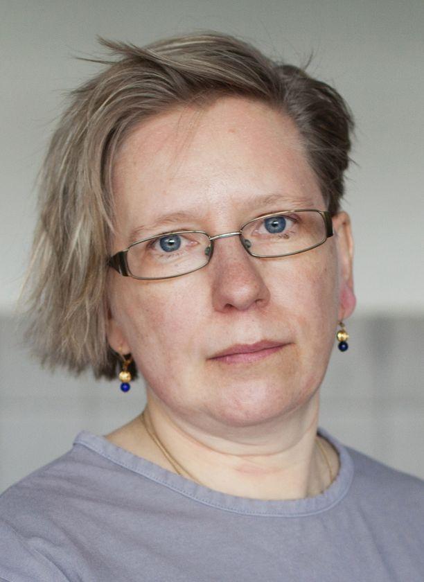 Oikeuslääkäri Ursula Vala.