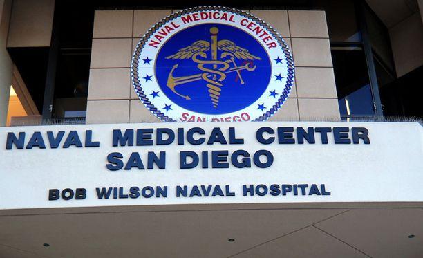 Sairaalassa San Diegossa Yhdysvalloissa on liikkeellä ampuja ja ihmisiä kehotetaan pysymään poissa alueelta.