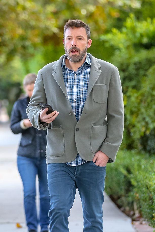 Ben Affleck nähtiin juhlia seuraavana päivänä varsin hyvinvoivan näköisenä.