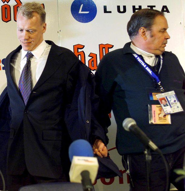 Lahden 2001 dopingskandaali ei jättänyt säröjä kahden suuren hiihtomiehen Jari Isometsän ja Paavo M. Petäjän välille.