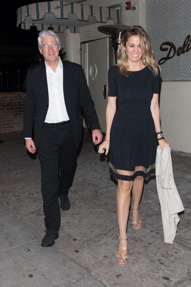 Richard Gere ja Alejandra Silvan menevät naimisiin.