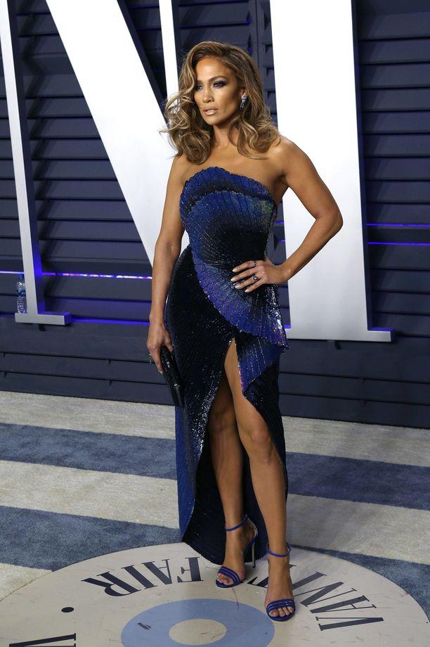 Jennifer Lopez näytti tyrmäävältä Vanity Fairin Orcar-juhlissa.