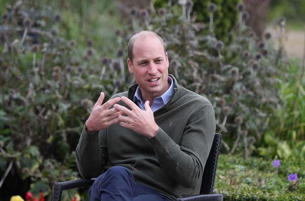 Prinssi William haluaa viettää perheensä kanssa yksityisen muisteluhetken prinsessa Dianan patsaan äärellä ennen kuin se julkistetaan.