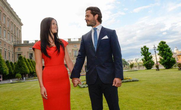 Sofia Hellqvist ja prinssi Carl Philip vihitään kesällä.