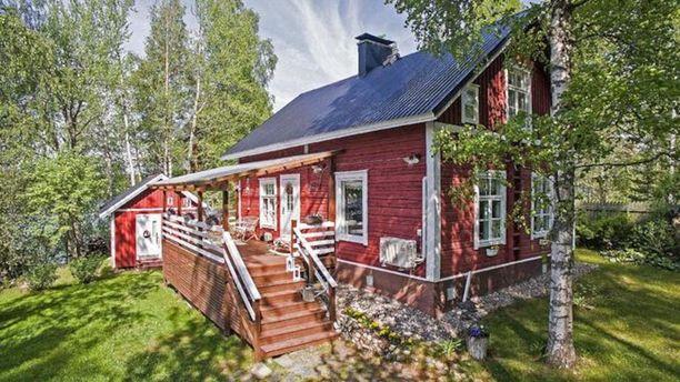Tämä 1800-luvulla rakennettu Kuopiossa sijaitseva mökki henkii nostalgiaa.