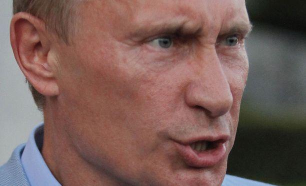 Vladimir Putin on ylistänyt Anna Chapmania sekä muita vaihdettuja venäläisvakoilijoita ja on vihjannut petturien rankaisemisesta.