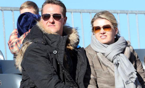 Michael Schumacher loukkaantui lasketteluonnettomuudessa neljä vuotta sitten Ranskan Meribelissä. Vaimo Corinna on pitänyt miehensä terveydentilan visusti perheen omana tietona.