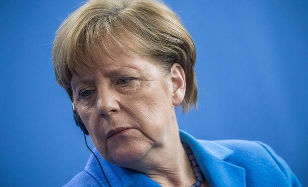 Angela Merkelin puolue kärsi kirvelevän tappion.