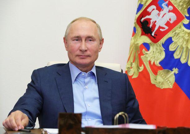 Putinin puolue Yhtenäisen Venäjän suosio on olut jopa niin alhaalla, että aiemmin sitä tukevat ehdokkaat ovat esiintyneet riippumattomina.