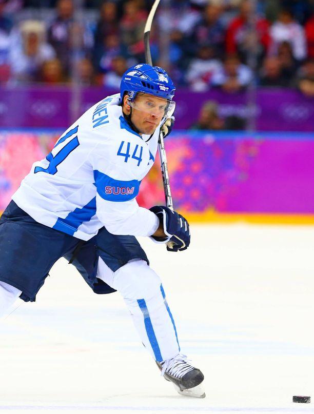 Kimmo Timosen komea maajoukkueura päättyi Sotshissa 2014 olympiapronssiin.