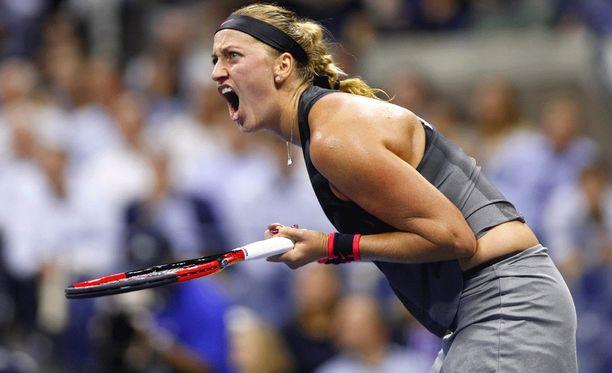 Petra Kvitovan teki käsileikkauksen jälkeen tunteikkaan paluu huipulle US Openissa.