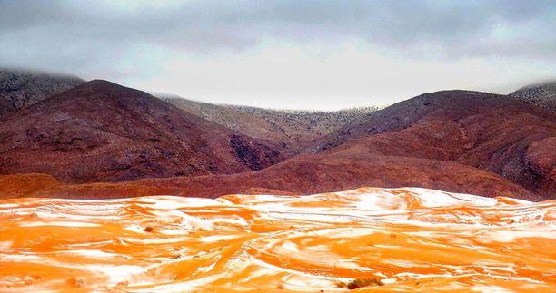 Edellisen kerran Saharassa satoi lunta alkutalvesta 1979.