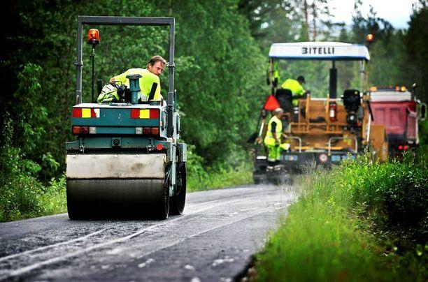 Suomen täytyy saada kuntoon vientivetoinen talouskasvu, julkistalous, sosiaali- ja terveysuudistus, rakenteet ja puolustuskyky.