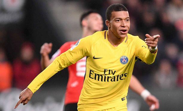 Kylian Mbappé oli iskussa Rennesiä vastaan.