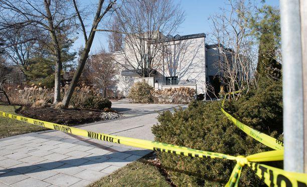 Shermanien kotitalo oli myynnissä. Murhat tapahtuivat 13-15. joulukuuta 2017 välisenä aikana. Viimeisin havainto pariskunnasta oli 13. joulukuuta.