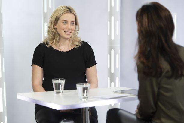 Iina Kuustonen kävi keskiviikkona Susanne Päivärinnan haastateltavana.