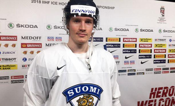 Leijonien Juuso Riikola on saamassa ensi kaudeksi NHL-sopimuksen.