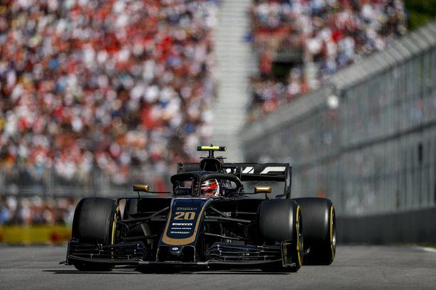 Kevin Magnussenin pinna paloi tiimiradiossa kesken Kanadan GP:n.