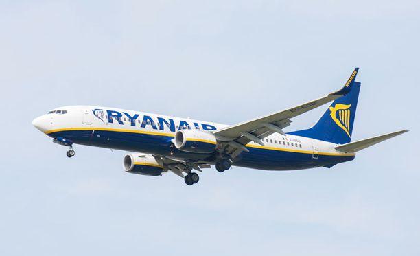 Ryanairin kone joutui laskeutumaan Tanskaan.