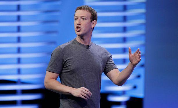 Facebookin toimitusjohtaja Mark Zuckerberg puhui F8-tapahtumassa ja ilmaisi epäsuorasti vastustavansa Donald Trumpia.