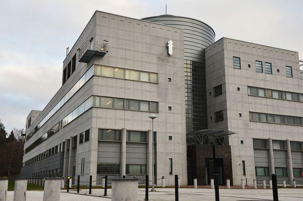 KRP:n päällikkö Robin Lardot sanoo, että tapaus rikosylikonstaapelin saamasta tuomiosta virkavelvollisuuden rikkomisesta kuulostaa huolestuttavalta.