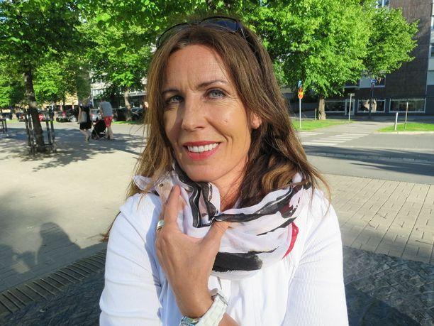 Suhteessa petetty Maarit Peltomaa on jo päässyt tilanteesta yli ja antanut anteeksi