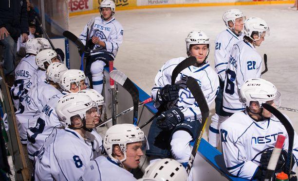 Jussi Salonojan omistama Espoo United ylsi Mestis-pronssille viime kaudella.