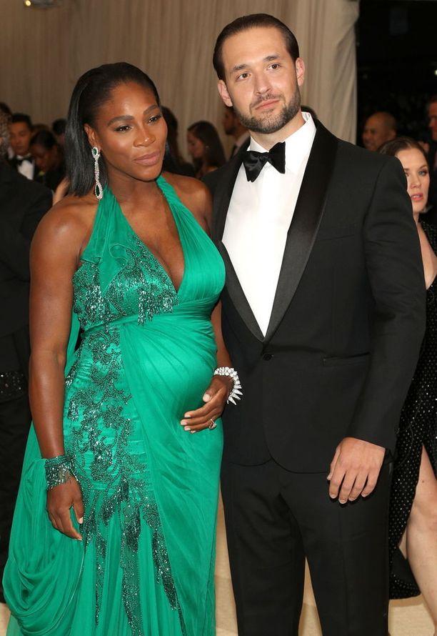 Serena Williams ja hänen aviomiehensä Alexis Ohanian saivat esikoistyttärensä viime syyskuussa. Kuvassa pariskunta toukokuussa 2017.