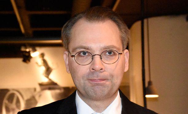 Puolustusministeri Jussi Niinistön mukaan puolustusyhteistyö Ruotsin kanssa on viikoittaista.