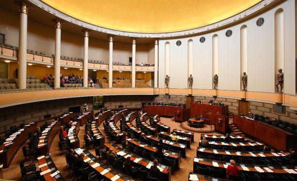 Hallitus sai äänestyksessä eduskunnan luottamuksen.