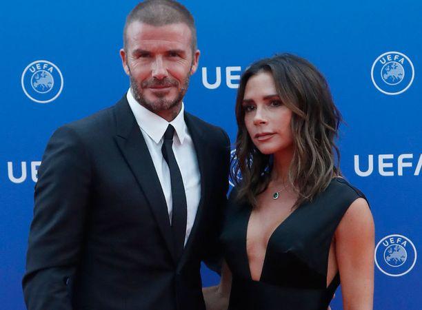 Kuvassa Victoria Beckham elokuun lopussa miehensä David Beckhamin kanssa.
