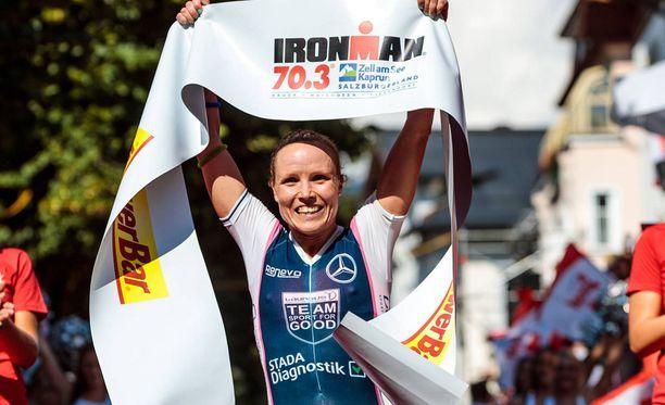 Kaisa Lehtonen palauttaa Suomen värit triathlonin kuninkuusmatkalle.