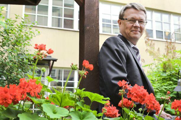 Timo Lappi näkee tuoreessa hallitusohjelmassa huonoa ja hyvää ravintola-alan kannalta.