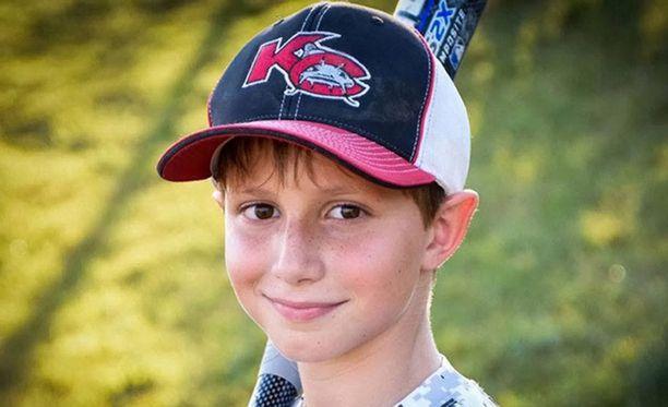 Uhri oli 10-vuotias poika.