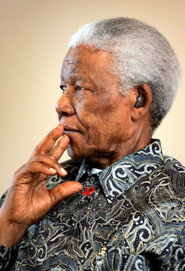 Mandela nukkui pois Suomen aikaa torstai-iltana.