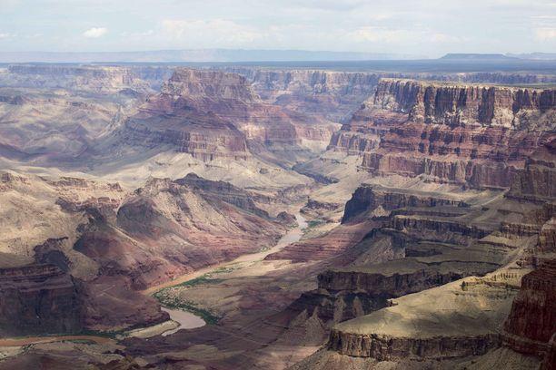 Grand Canyon on yksi Yhdysvaltain tunnetuimmista luonnonihmeistä.