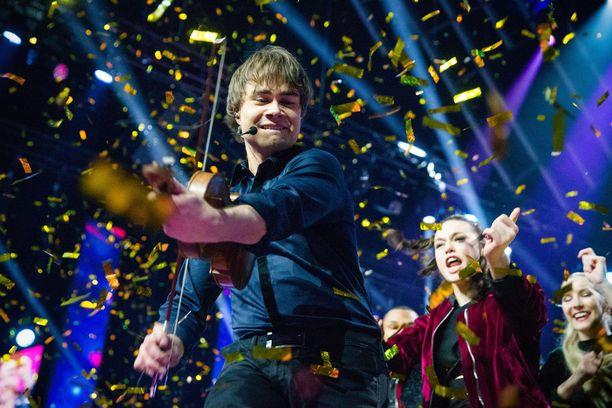 Norjan Alexander Rybak voitti Euroviisut vuonna 2009 Fairytale-kappaleella. Tänä vuonna hän yrittää uusia tempun.
