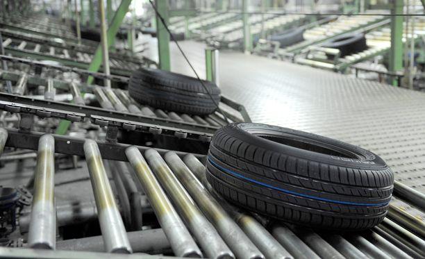 Brändin saama kolhu ei nouse Volkswagenin päästöskandaalin tasolle, mutta tämäkin luottamusvaurio vei yhtiön arvosta perjantaina heti 300 miljoonaa, kirjoittaa Marketta Mattila.
