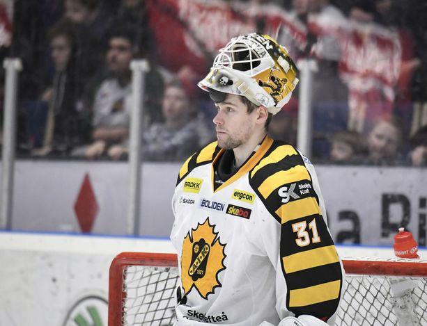 Skellefteån SHL-finaaleihin torjunut Joni Ortion ura jatkuu ruotsalaistietojen mukaan KHL:ssä.
