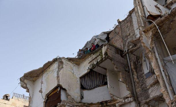 Kuvaa sodan tuhoamasta Aleppon kaupungista.