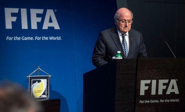 Sepp Blatter palasi keskiviikkona töihin.
