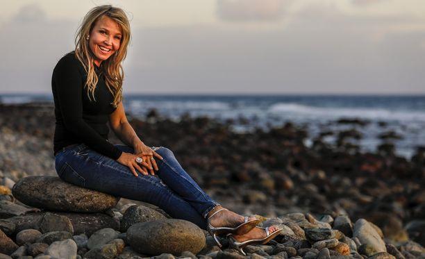 Marita Taavitsainen on ottanut eronsa jälkeen omaa aikaa ja keskittynyt lapsiinsa sekä keikkailuun.