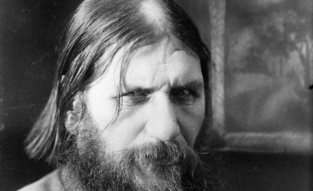 Mystikko Rasputinin kuolema oli mediatapaus myös Suomessa.