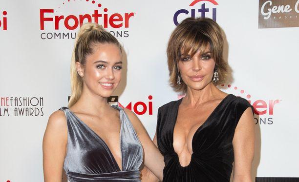 Lisa Rinnan Delilah Belle -tytär on äitinsä veroinen kaunotar.