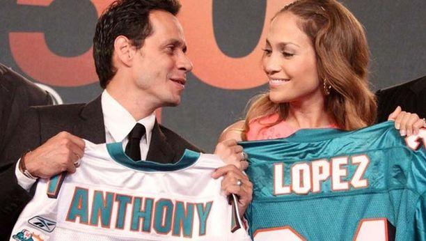 Jennifer Lopezin ja Marc Anthonin suhde ei ole aina pelkkää hymyä. Jenniferin pimeänpelon takia Marc ei voi mennä ennen vaimoaan nukkumaan.