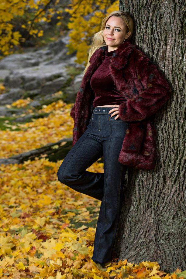 Paula Vesala viettää marraskuun tiiviisti leffakuvauksissa.