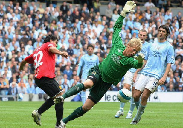 Kasper Schmeichel oli ohittamaton Manchester Cityn maalilla.