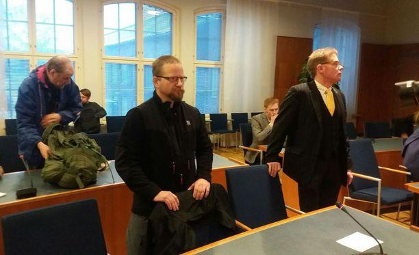 PVL:n puolesta oikeudessa vastaa Suomessa johtohahmona toiminut Antti Niemi.